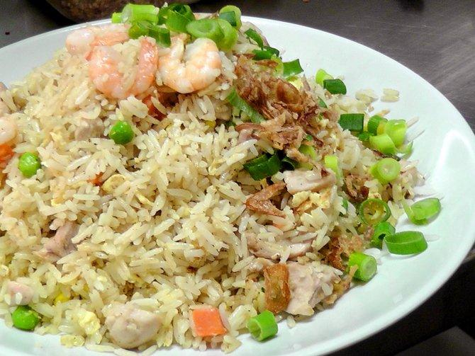 Cara Mudah Membuat Nasi Goreng Rumahan Enak Dengan Resep Masakan