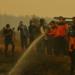 Gubernur Tinjau Langsung Pemadaman Kebakaran Lahan di Muarojambi